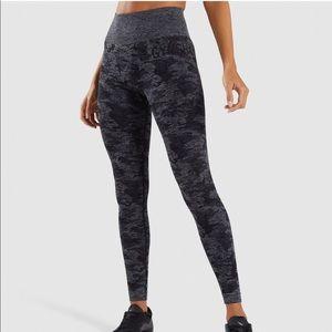 NWT Gymshark Black Camo Seamless Leggings